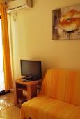Студия (гостиная+кухня). Черногория, Герцег-Нови : Студия с балконом и видом на море