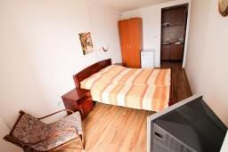 Студия (гостиная+кухня). Черногория, Бечичи : Уютная студия для 2 человек, с балконом с видом на море