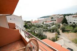 Балкон. Черногория, Бечичи : Уютная студия в Бечичи с балконом с видом на море