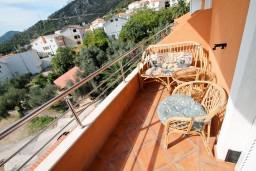 Балкон. Черногория, Бечичи : Уютная студия с балконом с видом на море