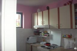 3-х этажный дом в Герцег-Нови – Мельине, площадью 250м2. Земельный участок 300м2.  в Мельине