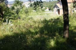 Земельный участок в Герцег-Нови – Поди, площадью 3500м2. Возможно межевание, на минимальные площади 300m2.  в Герцег Нови