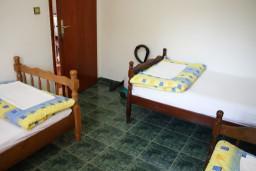 Bed room. Montenegro, Zanjice & Miriste : Apartment with 3 bedrooms in Zanjice & Miriste