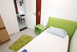 Bed room 2. Montenegro, Petrovac : Apartment with 3 bedrooms in Petrovac