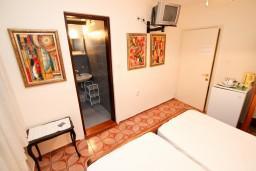 Черногория, Святой Стефан : Комната для 2 человек