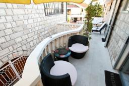 Черногория, Святой Стефан : Комната для 2 человек, с балконом