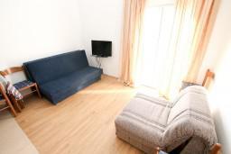Студия (гостиная+кухня). Черногория, Жанице / Мириште : Студия с балконом с видом на море