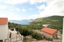 Вид на море. Черногория, Жанице / Мириште : Студия с балконом с видом на море