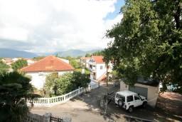 Вид. Черногория, Радовичи : Апартамент с отдельной спальней в Радовичи на вилле с байссейном
