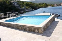 Swimming pool. Montenegro, Krasici : House with 4 bedrooms in Krasici for 12 guests