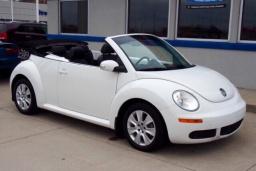 Volkswagen New Beetle 2.0 автомат кабриолет : Черногория