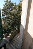 Вид. Черногория, Герцег-Нови : Апартамент в Старом городе с гостиной и отдельной спальней