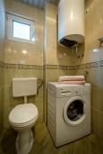 Ванная комната. Черногория, Петровац : Студия для 2-4 человек