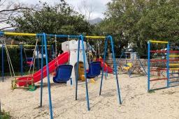 Детская площадка в Зеленике