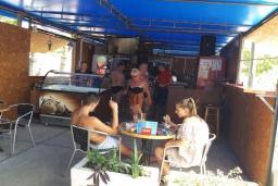 Кафе Bistro More в Мельине