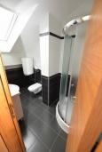 Ванная комната 2. Черногория, Игало : Современный двухуровневый апартамент для 6 человек, с  2-мя отдельными спальнями, с 2-мя ванными комнатами, с балконом с видом на море