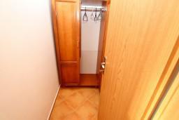 Студия (гостиная+кухня). Черногория, Утеха : Студия для 2 человек, с шикарным балконом с видом на море