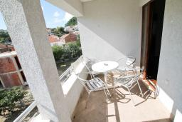 Черногория, Ульцинь : 2-х этажный апартамент для 5-7 человек