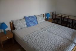 Спальня. Черногория, Игало : Апартамент на 3 этаже с двумя спальнями для 4-х человек