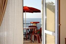 Балкон. Черногория, Утеха : Студия с балконом с шикарным видом на море, 20 метров до пляжа