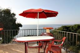 Вид на море. Черногория, Утеха : Студия с балконом с шикарным видом на море, 20 метров до пляжа