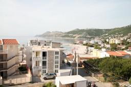 Вид на море. Черногория, Добра Вода : Студия с балконом с видом на море, 80 метров до пляжа