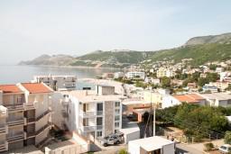Вид на море. Черногория, Добра Вода : Студия для 2 человек, с балконом с видом на море, 80 метров до пляжа