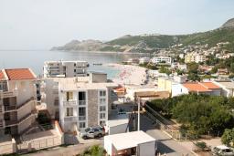Вид на море. Черногория, Добра Вода : Студия для 3 человек, с балконом с видом на море, 80 метров до пляжа