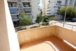 Балкон. Черногория, Бар : Апартамент для 4-6 человек, 2 отдельные спальни