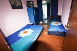 Студия (гостиная+кухня). Черногория, Шушань : Cтудия для 3 человек, 50 метров до моря
