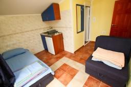 Гостиная. Черногория, Шушань : Апартамент с отдельной спальней