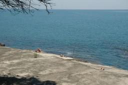 Пляж Альбатрос нудистский в Ульцине