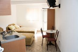 Черногория, Чань : Студия для 3 человек