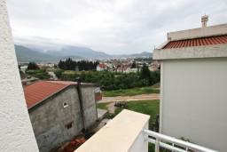 Вид. Черногория, Шушань : Апартамент с отдельной спальней в 250 метрах от моря