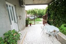 Черногория, Доня Ластва : Студия для 2-3 человек, 30 метров до моря
