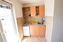 Кухня. Черногория, Селяново : Студия для 2 человек