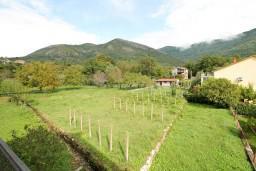 Вид. Черногория, Тиват : Апартамент для 3-5 человек, с отдельной спальней