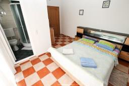 Студия (гостиная+кухня). Черногория, Ульцинь : Студия в Ульцине с балконом с видом на море