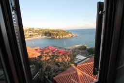 Вид на море. Черногория, Ульцинь : Апартамент с отдельной спальней, 50 метров до моря