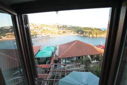 Вид на море. Черногория, Ульцинь : Студия в Ульцине в 50 метрах от моря