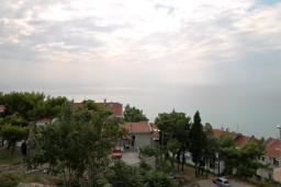 Вид на море. Черногория, Ульцинь : Комната для 3 человек, с общей кухней, с балконом с видом на море