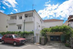 Фасад дома. Bonaca 3* в Рафаиловичах