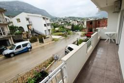 Балкон. Черногория, Шушань : Уютный апартамент с отдельной спальней