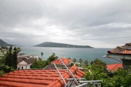 Вид на море. Черногория, Герцег-Нови : Студия в Савина с террасой с видом на море