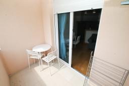Черногория, Игало : Современная студия для 2-3 человек, с балконом с видом на море